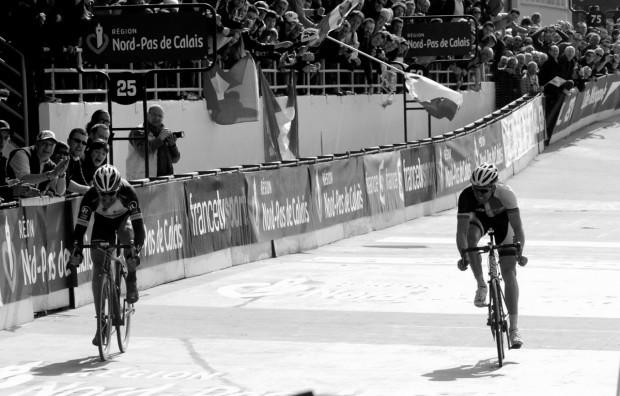 Cancellara till vänster, Vanmarcke till höger.